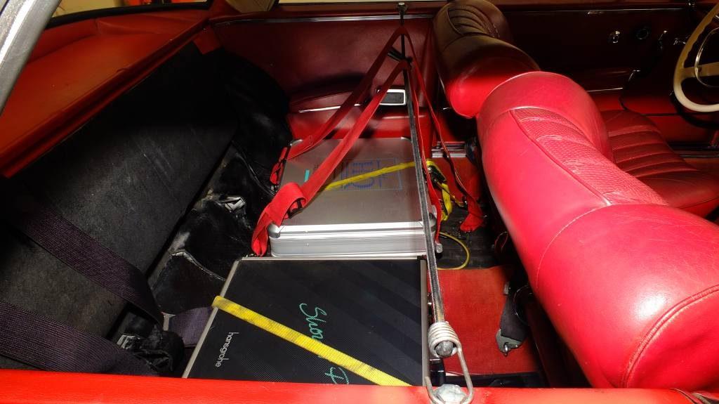 seatbelt-holders